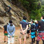 子どもたちと天然岩クライミング!